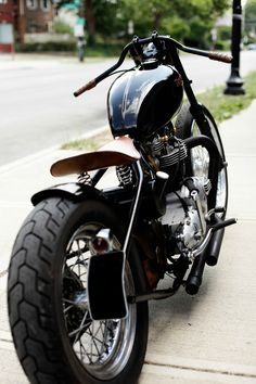 Triumph custom bobber. So simple. So beautiful.