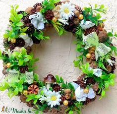 Zölderdő kopogtató (23 cm) (pinkrose) - Meska.hu Floral Wreath, Wreaths, Diy, Home Decor, Bricolage, Room Decor, Do It Yourself, Garlands