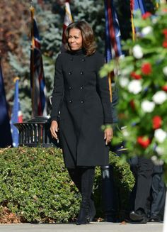 President Obama and First Lady Michelle Obama arrive at a ceremony to honor veterans at the Tomb of the Unknowns at Arlington National Cemetery, November 11