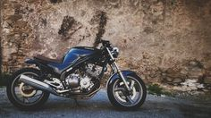 Yamaha XJ600 Diversion built to cafe racer scrambler