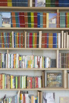 Biblioth Que Murale Ch Ne Et Chutes De Bois Locaux Daney Factory House Improvement