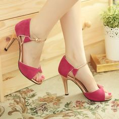 Graceful ankle sandals w gold heels,genuine leather, size black - Heels Fancy Shoes, Pretty Shoes, High Heels, Shoes Heels, Gold Heels, Black Heels, Bridal Sandals, Fashion Heels, Shoe Collection