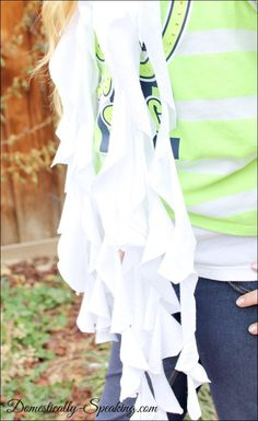 How to make a No-Sew Ruffled Scarf from a T-shirt @ Domestically-Speaking.com