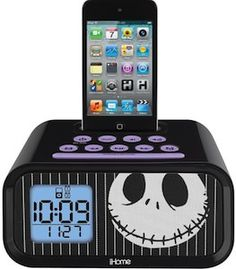Nightmare Before Christmas Jack Skellington Dual Alarm Clock, 30 Disney Electronics Projects, Gifts For Teens, Gifts For Her, Great Gifts, Tattoo Technology, Diy Iphone Case, Jack The Pumpkin King, Nightmare Before Christmas Decorations, Jack And Sally