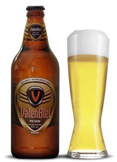 Cerveja Valenbier Pilsen, estilo Classic American Pilsner, produzida por Cervejaria Valentini, Brasil. 4.5% ABV de álcool.