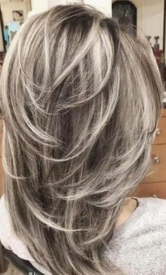 """40 Stunning White Hair Color Ideas in In the words of Los Angeles-based ha. - - 40 Stunning White Hair Color Ideas in In the words of Los Angeles-based hairstylist Jessica Jewel, """"Sometimes you just need your hair to be as c. Medium Hair Styles, Curly Hair Styles, Gray Hair Highlights, Haircut And Color, Volume Haircut, Feathered Hairstyles, Hair Looks, Hair Lengths, New Hair"""