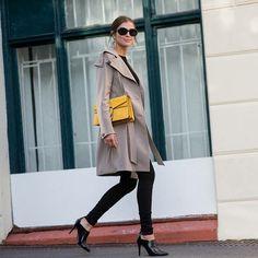 ¡Buenos días! #tendencias #moda para nosotras… lacasitademartina.com 👠👗👜 #streetstyle  #fashionblogger #fashion #trends #blogger #mom #mum #coolmom #lacasitademartina #lcmMum #fashionmom #fashionmum Pic ©  Darjabarannik