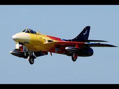2x Hunter Miss Demeanour Rainbow R/C Turbine Jet Modell Top Skills