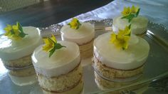Mini Cakes with Joghurt and Elderflower Sirup