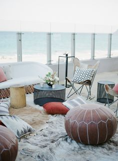 Try something different on your wedding reception with beach living rooms!