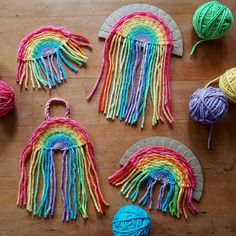 Woven Rainbow Tutorial 🌈🍄❤ This week we are filling our house with rainbows and I thought I'd share a few ideas and tutorials as we go. Diy For Kids, Crafts For Kids, Arts And Crafts, Weaving Projects, Craft Projects, Macrame Projects, Rainbow Crafts, Crafty Kids, Summer Crafts