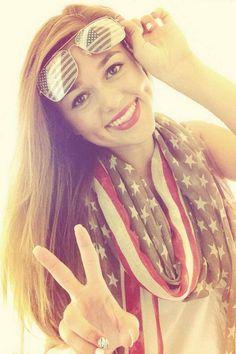 Sadie Robertson's so patriotic. God Bless America!