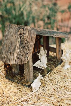 Items similar to Nativity stable. This handcrafted stable, made from barnwood, is a perfect way to display the holy family on Etsy Christmas Manger, Rustic Christmas, Handmade Christmas, Christmas Holidays, Christmas Decorations, Christmas Christmas, Nativity Stable, Nativity Creche, Nativity Crafts