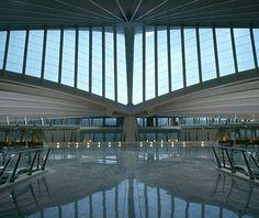 Sondika Airport, Bilbao, Spain - Google 検索