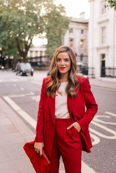 This is my job interview outfit because it's sophisticated and polished and looks chic. Mode Outfits, Office Outfits, Fashion Outfits, Office Attire, Fashion Ideas, Fashion Moda, Star Fashion, Womens Fashion, Ladies Fashion