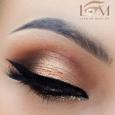 """Golden eye using @anastasiabeverlyhills shadows -details with next post lashes @velourlashesofficial """"what the fluff"""" & @sigmabeauty brushes #anastasiabeverlyhills #vegas_nay #eyemakeup #eyeliner #makijaz #makeup #landofmakeup #lashes #hudabeauty #polishmua #wizaz by landofmakeup"""