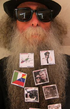 BEARD GALLERY - Opere di Airlines - guroga Airlines installate sulla mia barba (Galleria Pensile)