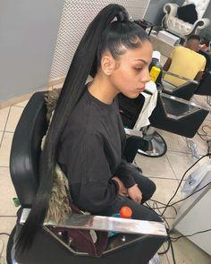Effortless Side Braid - 30 Elegant French Braid Hairstyles - The Trending Hairstyle Hair Ponytail Styles, Long Ponytail Hairstyles, Slick Ponytail, Long Ponytails, French Braid Hairstyles, Baddie Hairstyles, My Hairstyle, Fringe Hairstyles, Curly Hair Styles