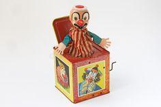 Resultado de imagem para surprise clown box