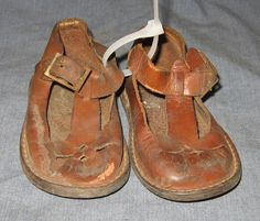 Very Old Solid Leather Infant Toddler Shoes Antique