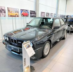 Visit enlapista.com  #bmw #100years #bmwgroupiberica #spain #bmwspain #e30 #m3 #enlapistadotcom #fastcars #decalfx #autoshow #cars #autotrend #instaauto #exoticcars #carphotography #carsofinstagram #carsovereverything #carporn #instacars #carswithoutlimits #carstagram #carshow #automotive #cargram #photooftheday #legendaryrides