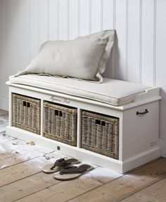 bench with storage; like the idea of an entry bench to take on/off shoes. Bay Window Benches, Rivera Maison, Bench With Shoe Storage, Storage Benches, Storage Ideas, Ideas Para Organizar, Diy Pallet Furniture, Foyer Furniture, My Living Room