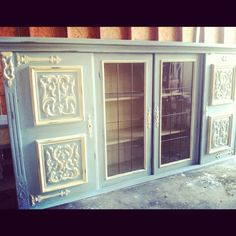 China cabinet in Annie Sloan Louis Blue and Old White.
