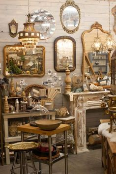 168 best aquamarina vintage home decor at pacific galleries within antique booth display ideas ⋆ YUGTEATR Vintage Display, Antique Store Displays, Antique Mall Booth, Antique Booth Ideas, Antique Shops, Vintage Shops, Vintage Market, Flea Market Displays, Flea Market Booth