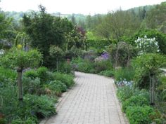 cottage gardens | ... gardens to traditional cottage gardens which i never seem to tire of