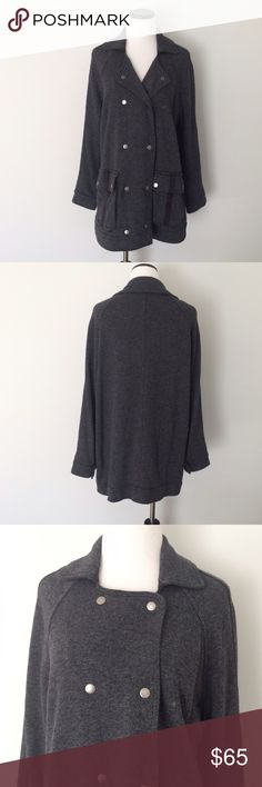 """FREE PEOPLE Gray Linen blend oversized cargo Coat Worn twice and in excellent condition. Coat snaps up front. Is very oversized. Has cargo pockets on front. Length 30"""". Chest 24"""" across. Linen, cotton and polyester. Black lining. Free People Jackets & Coats"""