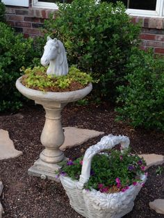 front courtyard-love my horse head