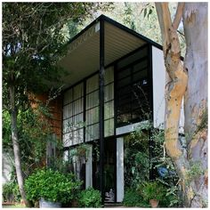 Case Study House  by Charles and wife Ray Eames 1946.