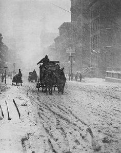 Winter on Fifth Avenue, New York 1893    Alfred Stieglitz