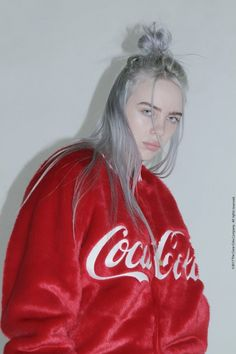Pin by ashley albury on billie eilish period in 2019 певцы, Billie Eilish, Red Aesthetic, Aesthetic Videos, Quotes Pink, Album Cover, Style Outfits, Red Outfits, Future Wife, Retro