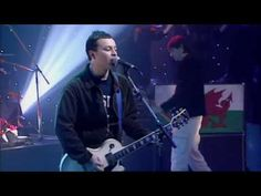 Manic Street Preachers - A Design For Live (Live Jools Holland 1996)-  this one is my favorite version