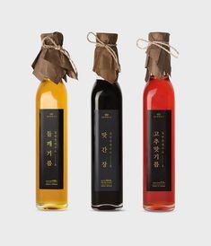 Bottles Branding Packaging Packaging World, Wine Packaging, Cosmetic Packaging, Brand Packaging, Product Packaging, Food Branding, Food Packaging Design, Packaging Design Inspiration, Branding Design