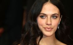 Jessica Brown Findlay interview: on feminism, the Downton family and finding herself Denise Vasi, Lady Sybil, Jessica Brown Findlay, Actress Jessica, Woman Movie, Christy Turlington, Katie Holmes, Hair Inspo, Feminism