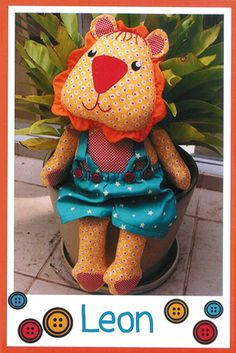 Pattern ''Leon'' Lion Soft Sculpture, Stuffed Toy, Softie, Cloth Toy Sewing Pattern by Melly & Me