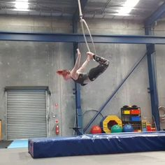 "1,872 Likes, 104 Comments - Miranda Aerial-Hoop Artist (@that_circus_freak) on Instagram: ""So excited to have gotten this strange drop from knee hang beat into a dislocate recatch inspired…"""