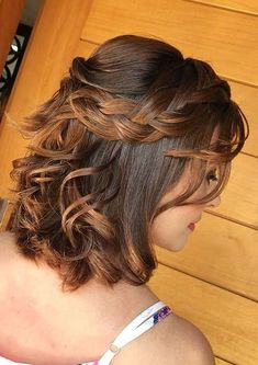 23 Quick and Easy Braids for Short Hair quickbraids easybraids shorthair shorthairstyles crazyforus braidsforshorthair 621215342329486798 Half Braided Hairstyles, Quince Hairstyles, Box Braids Hairstyles, Prom Hairstyles, Short Hairstyles For Women, Hairstyles Videos, Short Hair With Bangs, Short Hair Cuts, Quick Braids