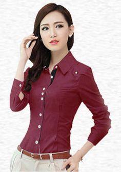 Đối với nữ văn phòng cũng vậy, trang phục khi đến công sở cũng được thiết kế theo phong cách thể hiện