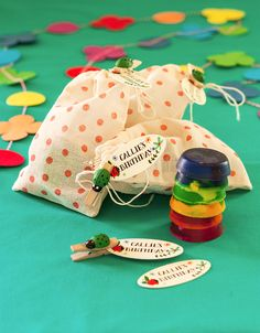 DIY Crayon Favors with Lady Bug Favor Tags from Evermine {www.evermine.com}