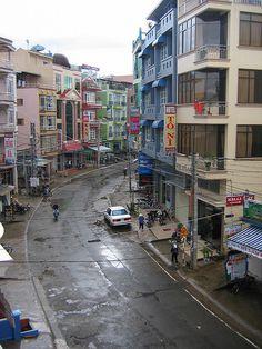 Bao Ngoc Hotel, Dalat, Vietnam. http://phongthuyvadoisong.com/ http://phongthuyvadoisong.com/495/San-Pham/da-turquoise-ngoc-lam-turquoise.htm