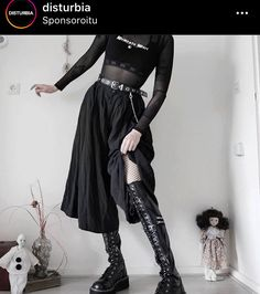 Gothic Looks, Riot Grrrl, New Romantics, Club Kids, Dark Fashion, Alternative Fashion, Fashion Outfits, Female Outfits, Black Women