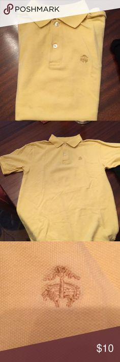 Brooks Brothers boys s/s pique polo shirt size 10 Great summer piece for a young boy. Brooks Brothers Golden Fleece yellow pique polo shirt. The tag has come out but it is a size 10. Brooks Brothers Shirts & Tops Polos