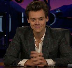 TLLS Harry hosting ♥️