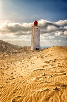 Rubjerg Knude, Denmark | by   J. Wiethölter Cool Places To Visit, Places To Go, Travel Around The World, Around The Worlds, Lighthouse Pictures, Graffiti, Water Tower, Am Meer, Belle Photo