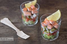 Ensalada multicolor con salmón salteado. Receta Dieta Dash, Menu Dieta, Fresh Rolls, Fish Recipes, Food Pictures, Fruit Salad, Yummy Food, Vegetables, Ethnic Recipes