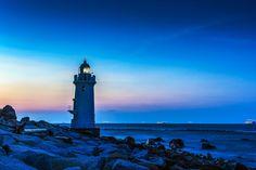 Fotograf A lighthouse in the early dawn-2 von jun-ichiro taguchi auf 500px