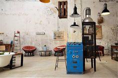 HOLA A TODO EL MUNDO!!  OS CONTAMOS QUE EL ALMACÉN 209 ESTARÁ ABIERTO CASI TODO EL FINDE...SÁBADO DE 10:30h A 14:30h Y EL DOMINGO DE 10:30h A 19:00h    Saludos desde el Polonio!!  #indiedeco #almacen209 #decor #vintage #industrialvintage #upcycling #interiordesign #interiorismo #showroom #igers #instahome #brocante #instadesign #salvaged #industrial #canary #canaryislands